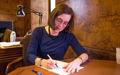 Bend Bulletin: Governor signs funding bill for OSU-Cascades